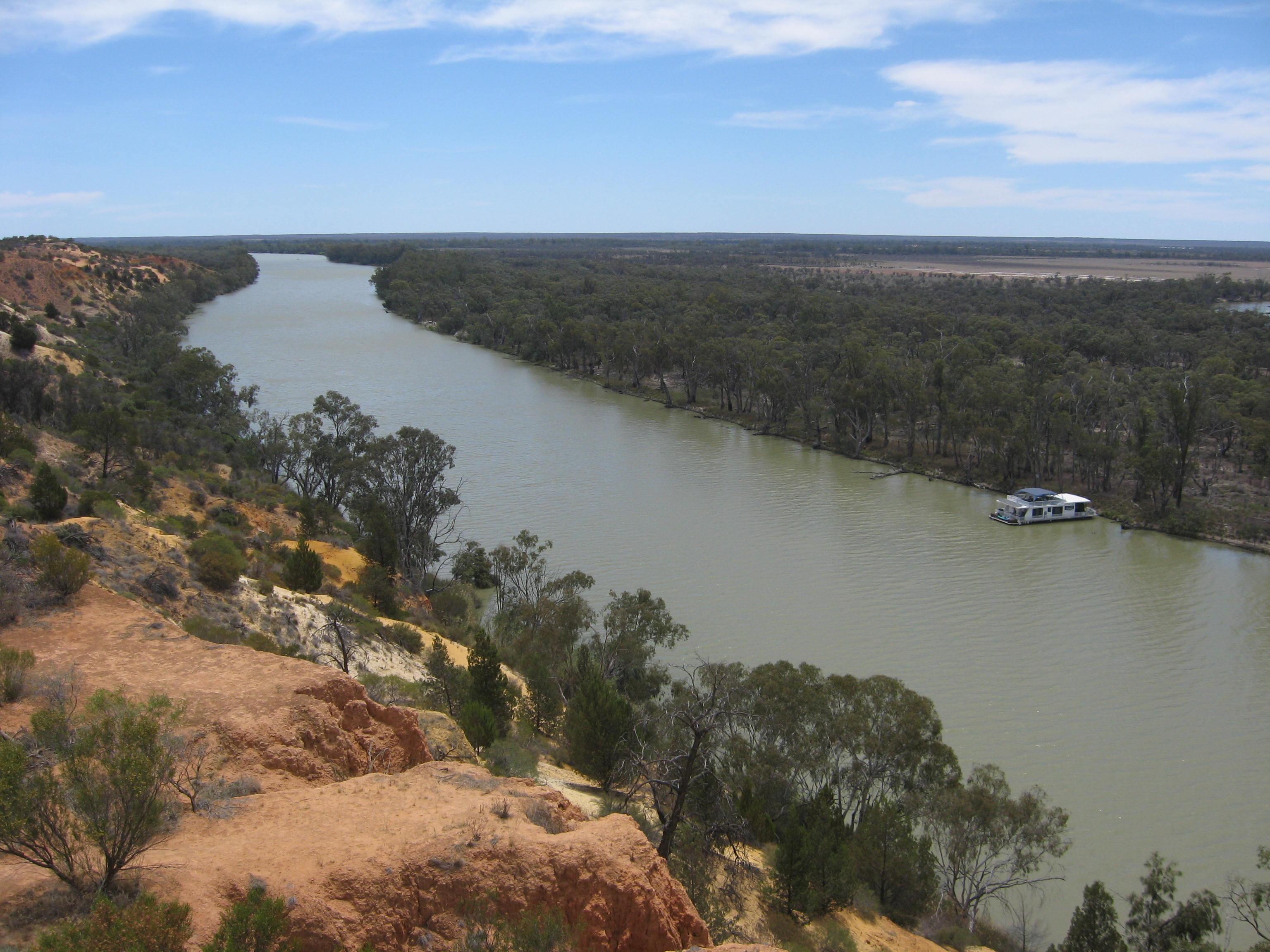murray_river2c_downstream_of_headings_cliffs2c_south_australia
