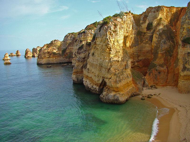 800px-dona_ana_beach2c_lagos
