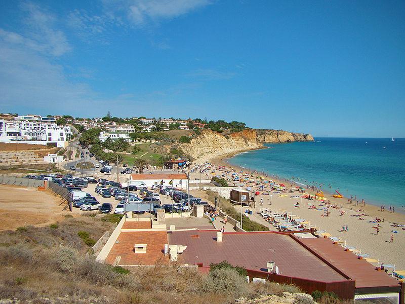 800px-praia_do_porto_de_mc3b3s